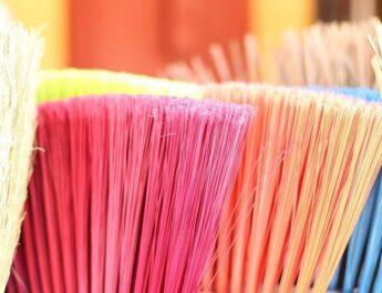 Почистване и отдаване на жилища под наем